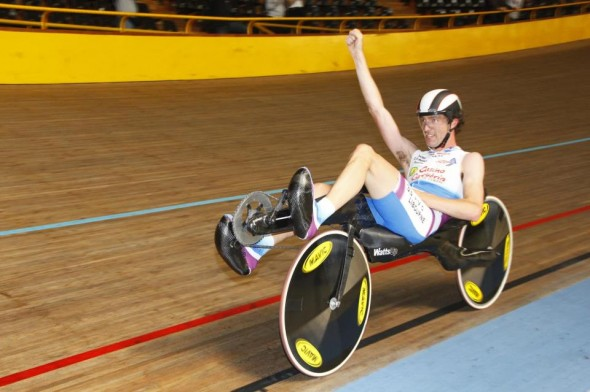One hour world record – 56,597km