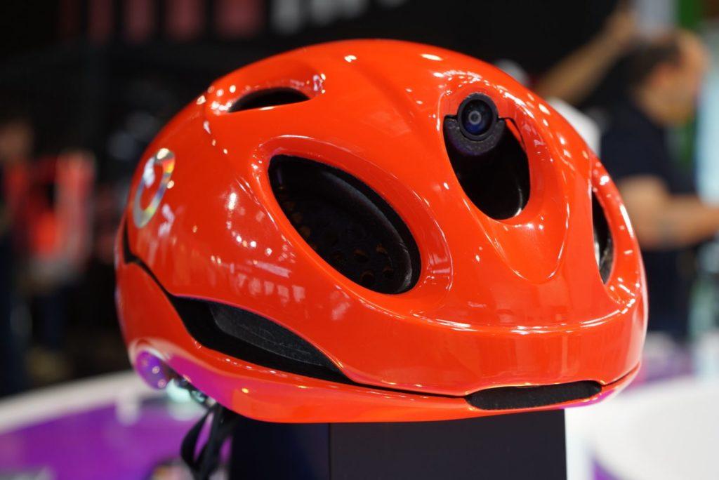 Briko Cerbellum One a smart helmet with rearview camera