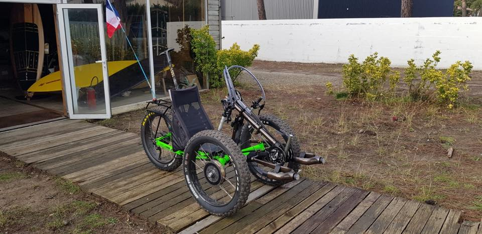Converted AZUB FAT trike with three motors!