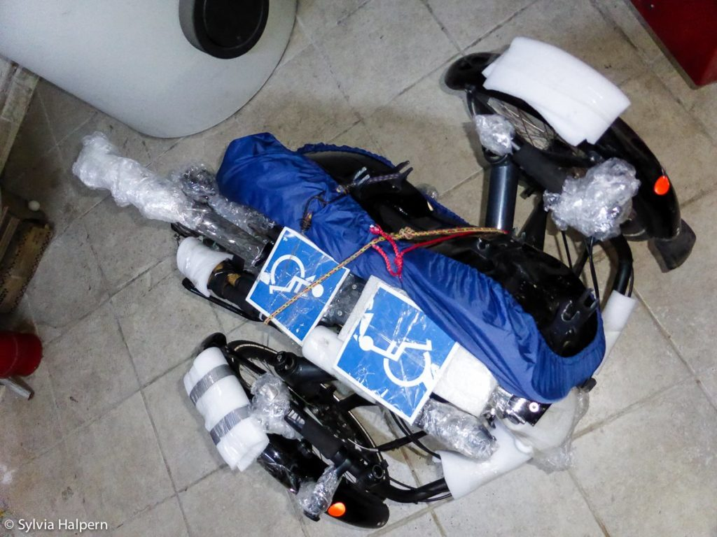 Do you want to travel with your trike? Easy! Packed for plane.