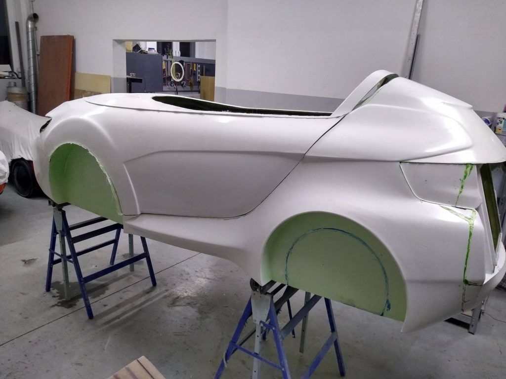 Side view of the four-wheel-velomobile